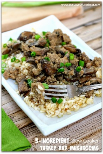 3-Ingredient Slow Cooker Ground Turkey and Mushrooms (+So Easy Video)