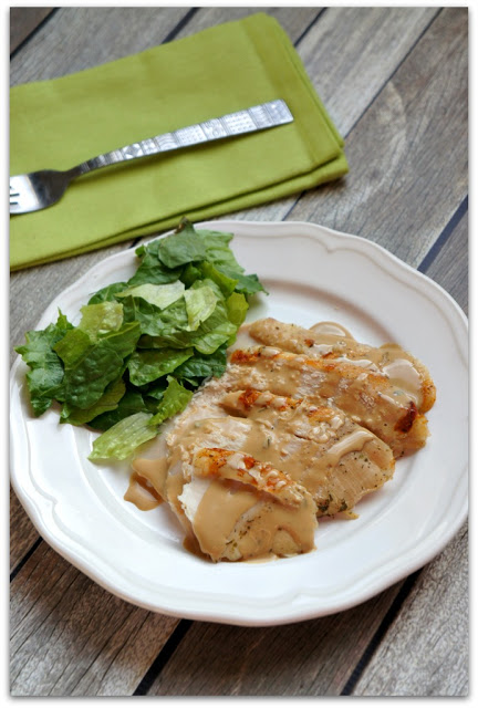 3-Ingredient Slow Cooker Turkey Breast and Gravy: This slow cooker turkey breast is so super easy to make (it only has 3 ingredients) and turns out moist and flavorful every time