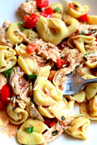 Slow Cooker Creamy Basil Chicken and Tortellini