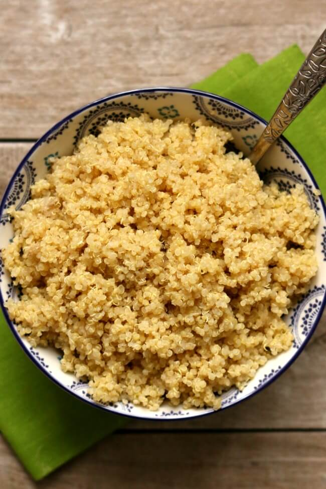 Instant Pot Quinoa--quinoa is so easy to make in your electric pressure cooker! It takes just a few minutes to cook and there's no babysitting or boiling over. Once you make quinoa in the InstantPot you'll never go back to the stove again!