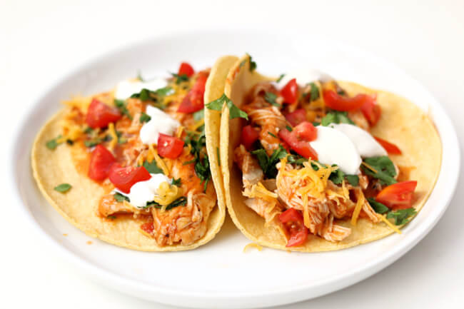 Instant Pot Chicken Tinga Tacos--easy to make smoky chicken tacos with all the fixings. A fresh weeknight meal that comes together quickly.