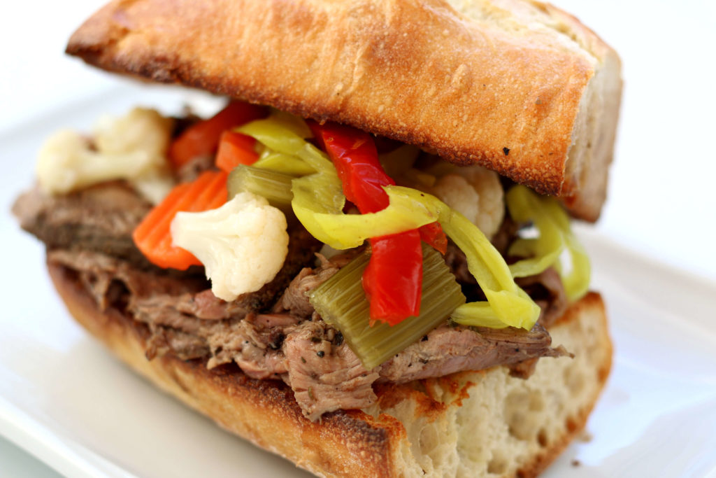 beef sandwich with vegetables